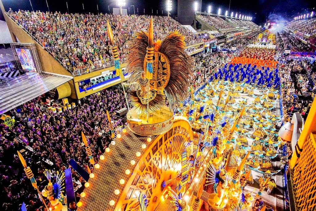 Mengunjungi Tempat Favorit dan Berkeliling di Brasil