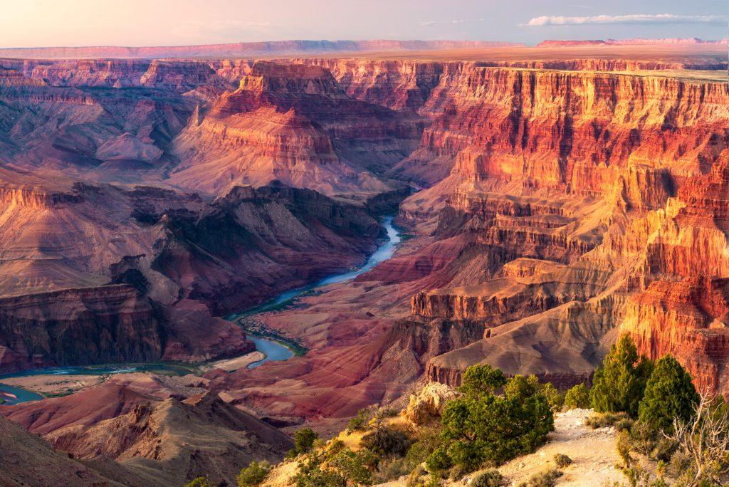 Mengunjungi Taman Nasional Terindah di AS